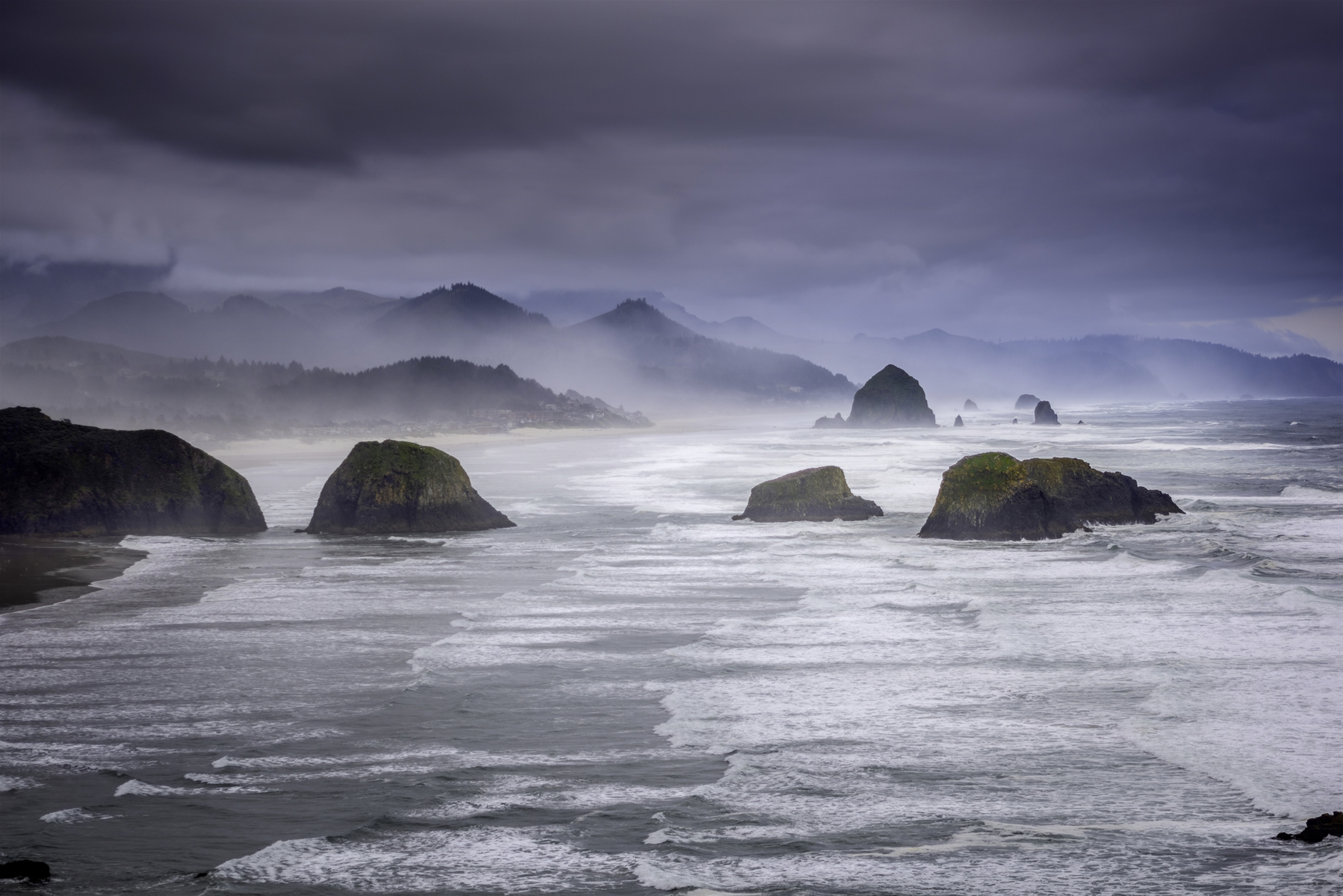 Cannon Beach Storm Watching